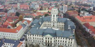 1763-ban Eszterházy Károly megalapította a Líceumot